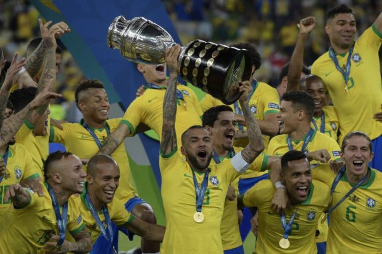 Jogadores da seleção celebram conquista da Copa América | Foto: Juan Mabromata | AFP