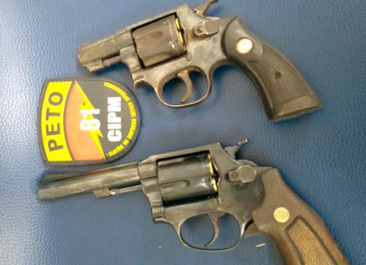 Dois revólveres, um calibre 38 e um calibre 32, foram apreendidos | Foto: Divulgação | SSP-BA - Foto: Divulgação | SSP-BA