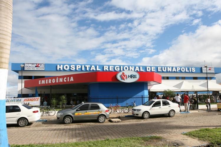 Depois de receber os cuidados da família, Carlos foi encaminhado ao Hospital Regional de Eunápolis | Foto: Reprodução - Foto: Reprodução