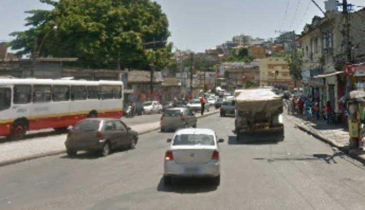 Pelo menos três locais de Salvador estão lentos por causa de obras | Foto: Reprodução | Google Street View - Foto: Reprodução | Google Street View
