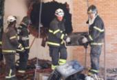 Incêndio atinge prédio em construção na Avenida Juracy Magalhães | Foto: Adilton Venegeroles | Ag. A TARDE