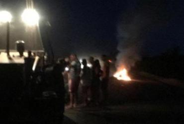 Motociclista morre carbonizado após colisão com retroescavadeira na Bahia | Reprodução | Achei Sudoeste