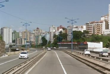Acidente entre carro e moto deixa trânsito lento na Via Expressa | Reprodução | Google Street View