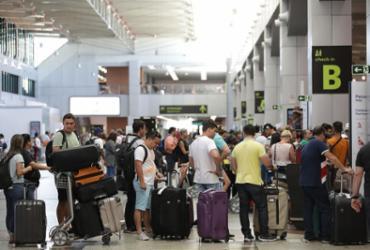 Bahia cresce o dobro em passageiros | Raul Spinassé | Ag. A TARDE | 14.1.2020