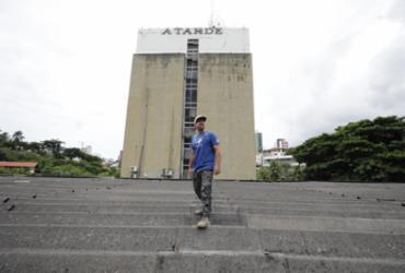 Sede de A TARDE ganha obra de Galvão na fachada | Raul Spinassé/ Ag. A TARDE