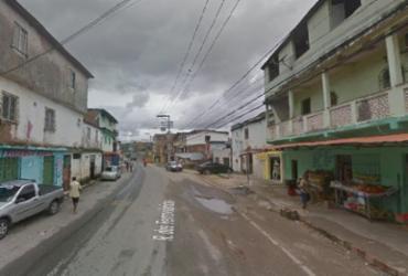Dois homens e uma mulher são baleados no bairro de Plataforma | Reprodução | Google Street View