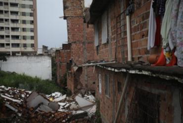 Prédio de cinco andares desaba no bairro de Narandiba | Felipe Iruatã | Ag A TARDE