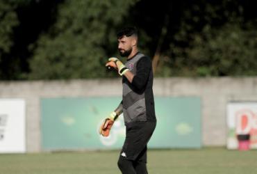 Com torção no joelho, Martín Rodriguez pode ficar fora por até nove meses | Letícia Martins | EC Vitória