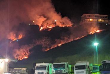 Incêndio de grandes proporções atinge município baiano | Reprodução | Voz da Bahia