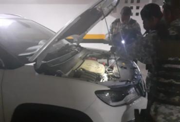 Jiboia é encontrada em motor de veículo no bairro de Patamares | Divulgação | GCM