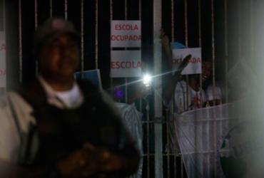 Manifestação dos alunos contra o fechamento do Colégio Estadual Odorico Tavares |