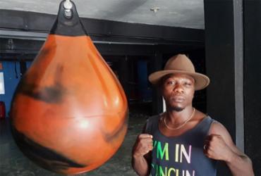 Conheça a história do africano que cruzou o oceano para se tornar lutador de MMA | Alex Torres | Ag. A TARDE
