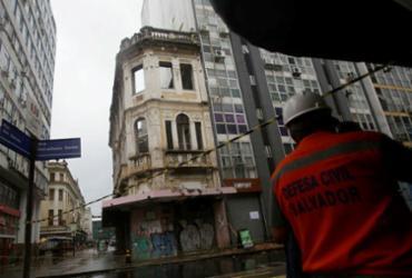Após dias chuvosos, população solicita vistorias em imóveis com risco estrutural | Raphael Müller | Ag. A TARDE