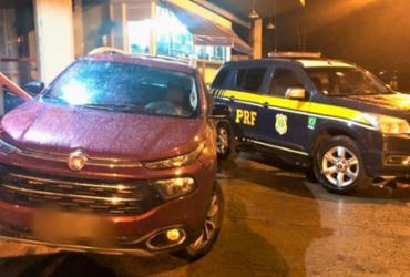 Motorista é preso com caminhonete roubada e documento falso na Bahia | Reprodução | PRF