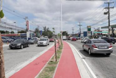 Vazamentos de água deixam trânsito lento em avenidas de Salvador | Uendel Galter