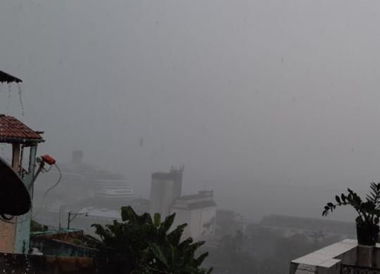 Chuva atinge Salvador nesta quarta após alerta de temporal | Cidadão Repórter