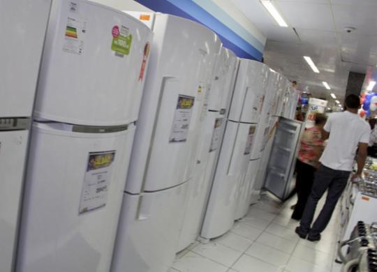 Índice de consumo familiar sobe 0,5% | Joá Souza | Ag. A TARDE | 28.11.2014