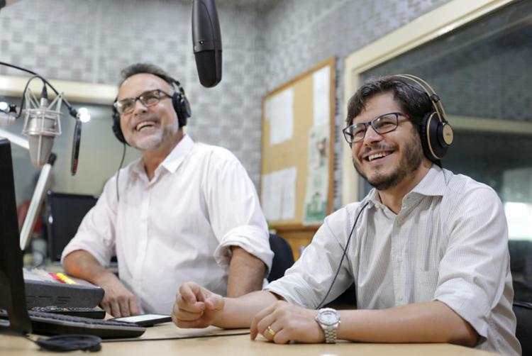 Programa vai ao ar diariamente, ao vivo, das 7h às 9h | Foto: Raul Spinassé | Ag. A TARDE - Foto: Raul Spinassé | Ag. A TARDE