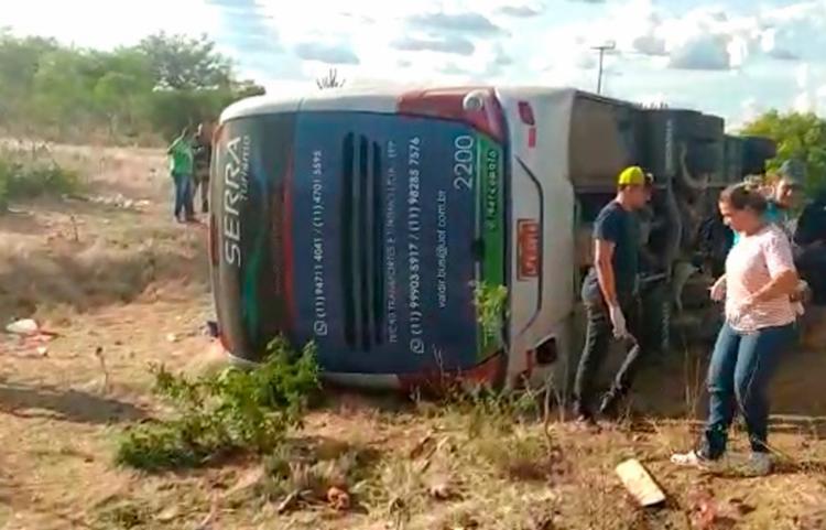 Acidente aconteceu nas imediações do povoado de São Bento, pertencente a Canudos | Foto: Reprodução | Calila Notícias - Foto: Reprodução | Calila Notícias