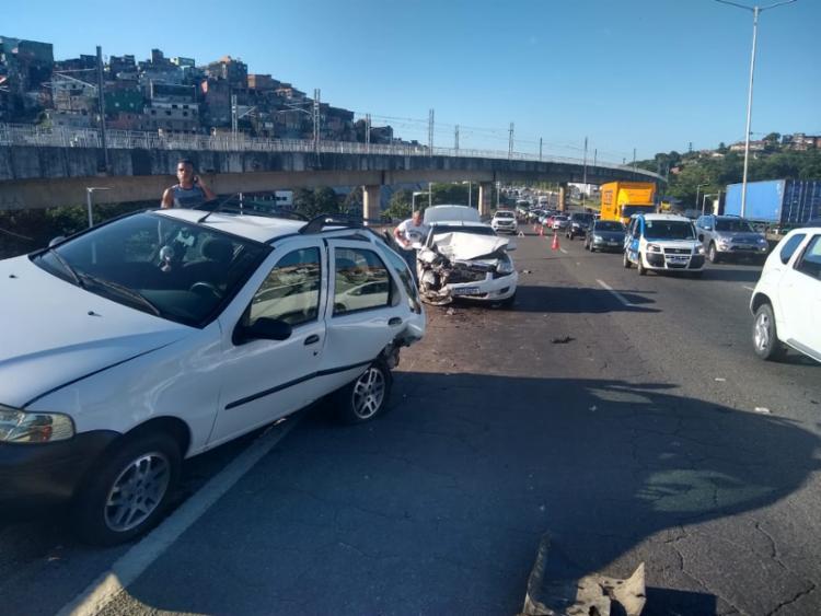O acidente não gerou vítima ou feridos | Foto: Leo Moreira | Ag. A TARDE - Foto: Leo Moreira