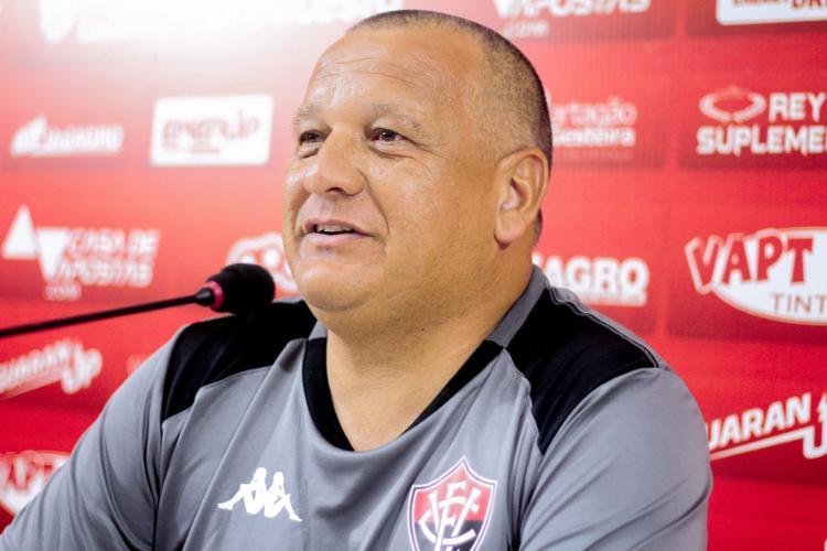 Agnaldo Liz, técnico do time sub-23 do Vitória | Foto: Letícia Martins | EC Vitória - Foto: Letícia Martins | EC Vitória