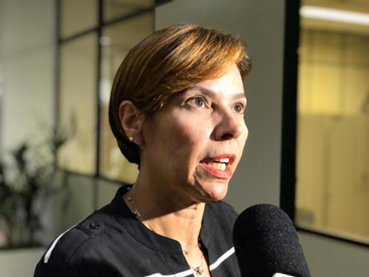 Segundo a promotora de Justiça Rita Tourinho, só vão integrar em março os ônibus que estiverem regularizados | Foto: Ashley Malia | Ag. A TARDE