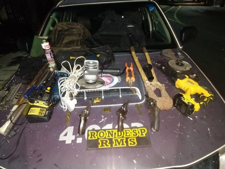 Armas foram encontradas junto com os suspeitos | Foto: Divulgação | SSP - Foto: Divulgação | SSP