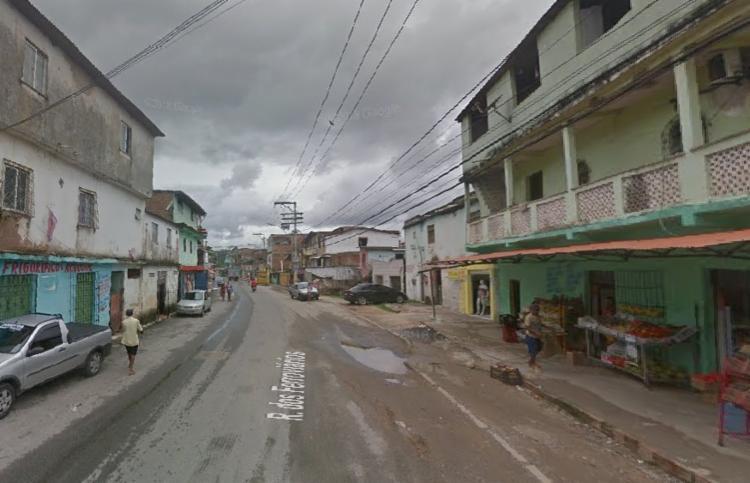 Ocorrência foi registrada por volta de 21h04, na Rua dos Ferroviários | Foto: Reprodução | Google Street View - Foto: Reprodução | Google Street View