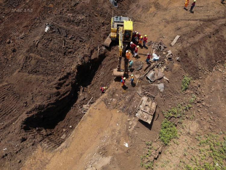 O Corpo de Bombeiros de Minas Gerais durante buscas de vítimas do rompimento da barragem da Mina Córrego do Feijão, em Brumadinho, na região metropolitana de Belo Horizonte | Foto: Divulgação | Corpo de Bombeiros de Minas Gerais