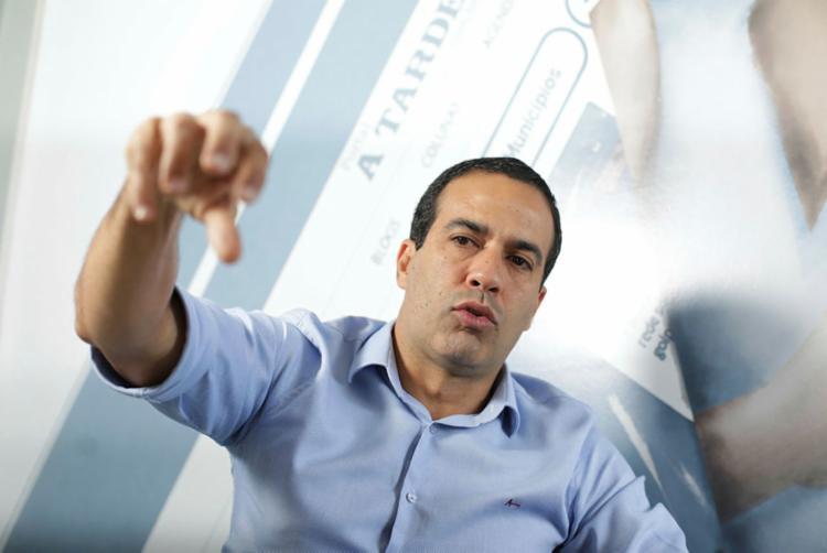 Pré-candidato reúne 12 partidos em sua base de apoio | Foto: Raul Spinassé | Ag. A TARDE - Foto: Raul Spinassé | Ag. A TARDE