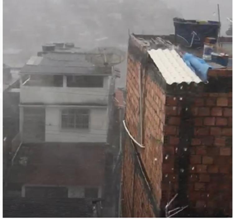 O clima quente e os ventos fortes geraram um ambiente propício para a precipitação de granizo | Foto: Cidadão Repórter | Via Whatsapp - Foto: Cidadão Repórter | Via Whatsapp