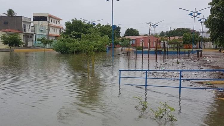 Cidade teve pontos de alagamento após temporal | Reprodução | Portal Lapa Oeste - Foto: Foto: Reprodução