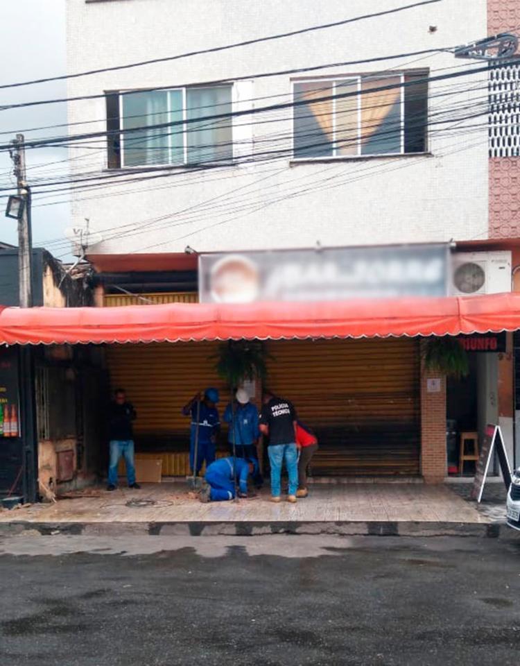 Técnicos retiraram as tubulações clandestinas | Foto: Divulgação | Embasa - Foto: Divulgação | Embasa