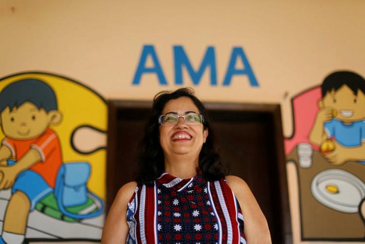 Rita Brasil é uma das idealizadoras da Associação de Amigos do Autista da Bahia (AMA)   Foto: Rafael Martins   Ag. A TARDE - Foto: Rafael Martins   Ag. A TARDE