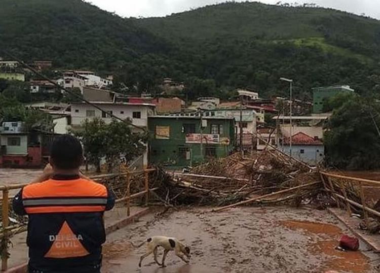 Desalojados são mais de 44 mil e desabrigados passam de 8 mil   Foto: Divulgação   Defesa Civil de Minas Gerais - Foto: Divulgação   Defesa Civil de Minas Gerais