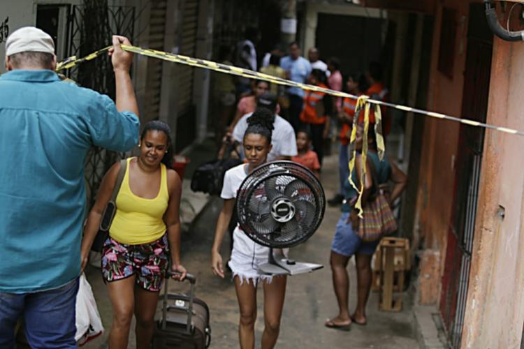 Codesal avalia possibilidade de retornos das famílias evacuadas | Foto: Raul Spinassé | Ag A TARDE