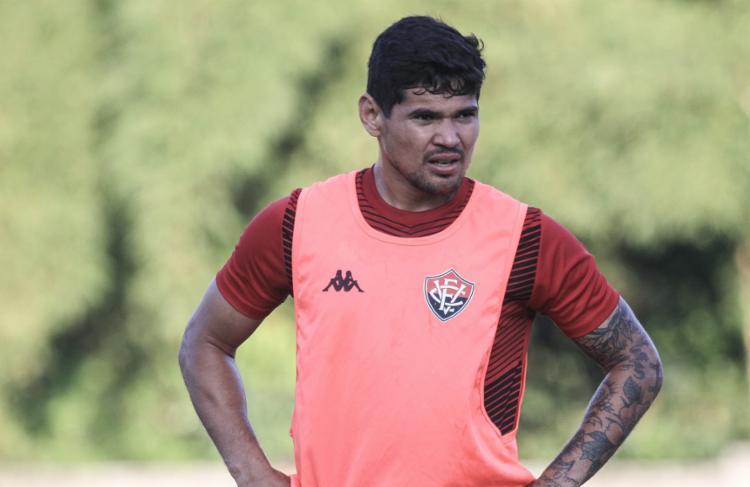 Após boa temporada no CRB, Léo Ceará tenta se firmar no clube que o revelou para o futebol | Foto: Letícia Martins | EC Vitória - Foto: Letícia Martins | EC Vitória