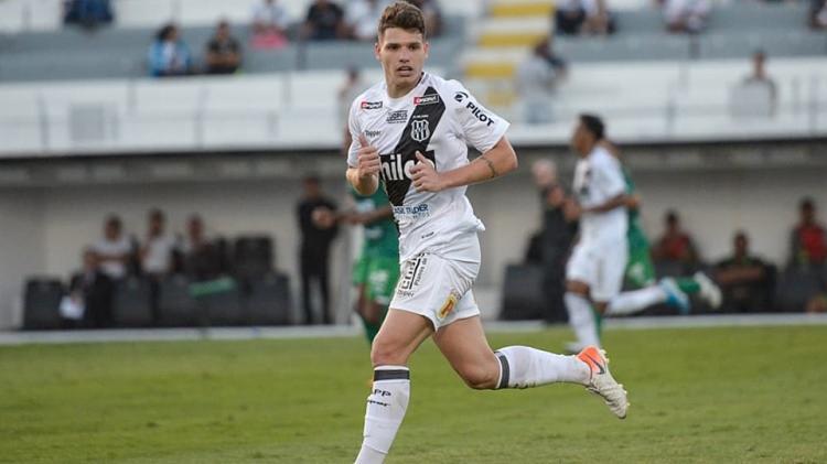 Atacante marcou três gols na Série B do ano passado | Álvaro Jr | PontePress - Foto: Álvaro Jr | PontePress
