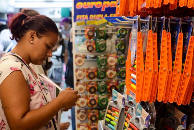 Pais devem evitar mercado informal por faltar garantia de procedência   Foto: Rovena Rosa   Agência Brasil - Foto: Rovena Rosa   Agência Brasil