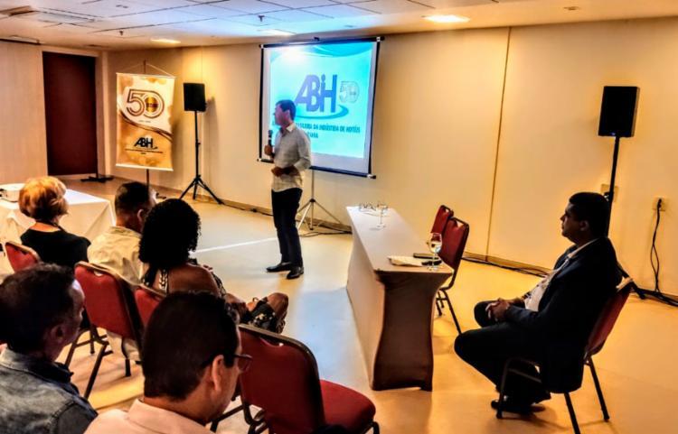 Secretário de Cultura e Turismo Claudio Tinoco esteve presente representando o prefeito ACM Neto | Foto: Divulgação - Foto: Divulgação