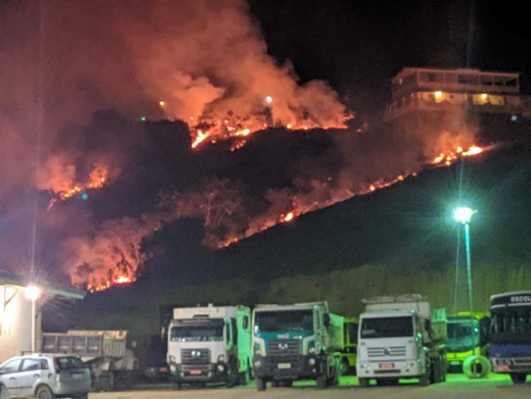 Não foram divulgadas informações sobre causas do incêndio   Foto: Reprodução   Voz da Bahia - Foto: Reprodução   Voz da Bahia