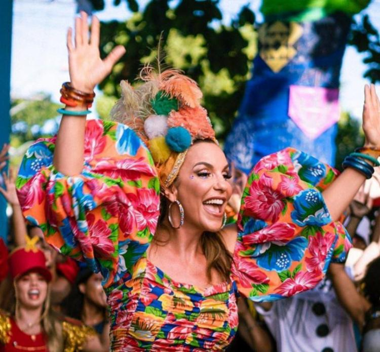 Cantora baiana mira na carreira internacional | Foto: Divulgação - Foto: Divulgação