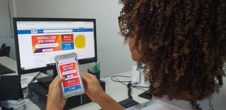 A novidade é que a matrícula será realizada 100% on-line pela internet e por dispositivos móveis, através do SAC Digital. - Foto: Claudia Oliveira_SEC Divulgação