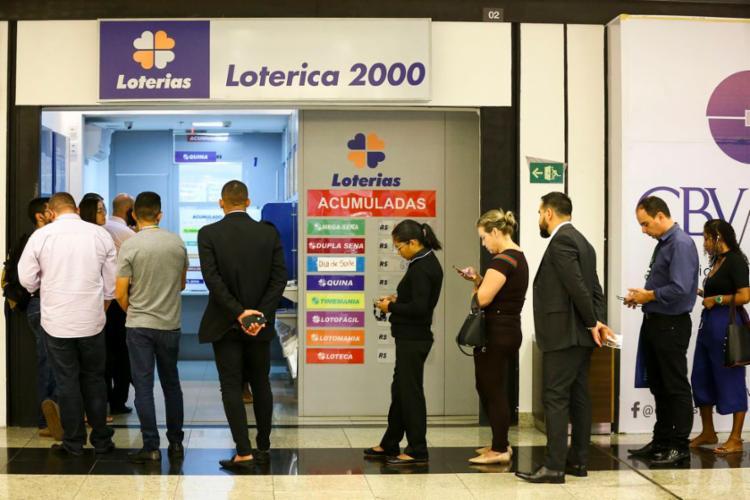 Apostas podem ser feitas até as 19h do dia do sorteio em qualquer lotérica ou pela internet | Foto: Marcelo Camargo | Agência Brasil - Foto: Marcelo Camargo | Agência Brasil