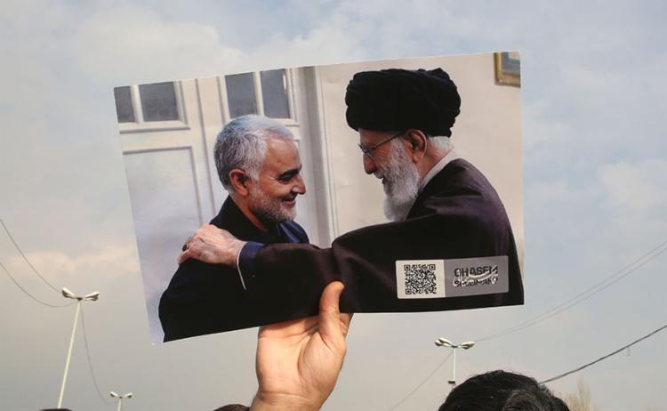 O general iraniano Qassem Soleimani (à esq.) foi morto após um bombardeio | Foto: Atta Kenare | AFP - Foto: Atta Kenare | AFP