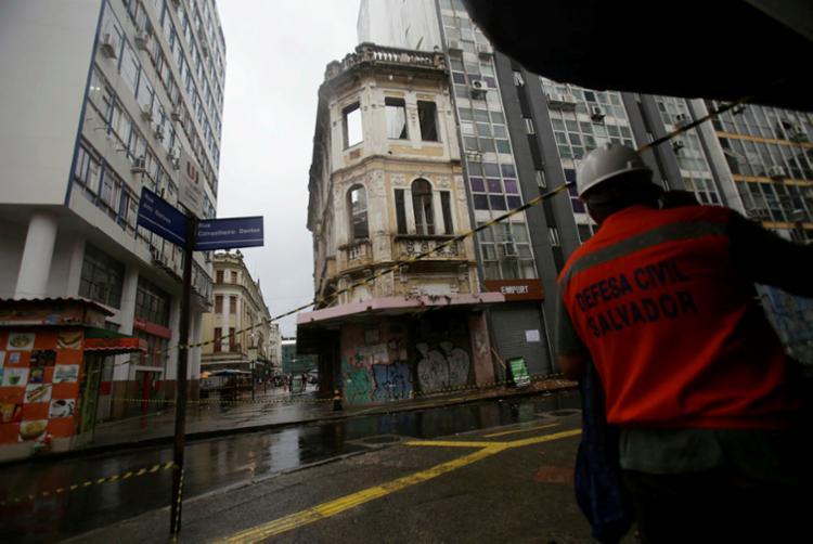 Desde o início de janeiro, a Codesal já registrou 15 desabamentos de imóvel em Salvador   Foto: Raphael Müller   Ag. A TARDE - Foto: Raphael Müller   Ag. A TARDE