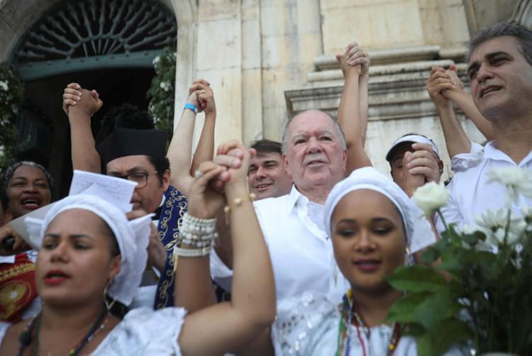 Ausência de Rui Costa, recém-operado, dispersou grupo político durante caminhada | Foto: Felipe Iruatã | Ag. A TARDE