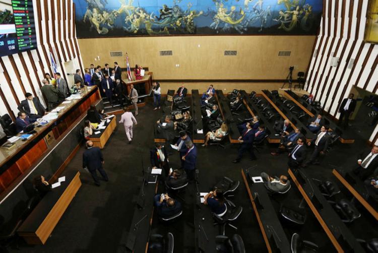 PEC tem encontrado resistência de servidores estaduais   Foto: Sandra Travassos   Agência ALBA - Foto: Sandra Travassos   Agência ALBA