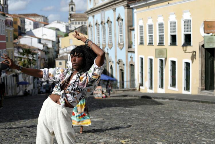 Aos 24 anos, cantora baiana Majur conquista espaço na música brasileira | Foto: Adilton Venegeroles | Ag. A TARDE - Foto: Adilton Venegeroles | Ag. A TARDE