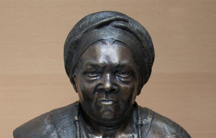 Yalorixá Mãe Gilda é um dos símbolos de luta contra a intolerância religiosa   Foto: Reprodução   Correio Nagô - Foto: Reprodução   Correio Nagô